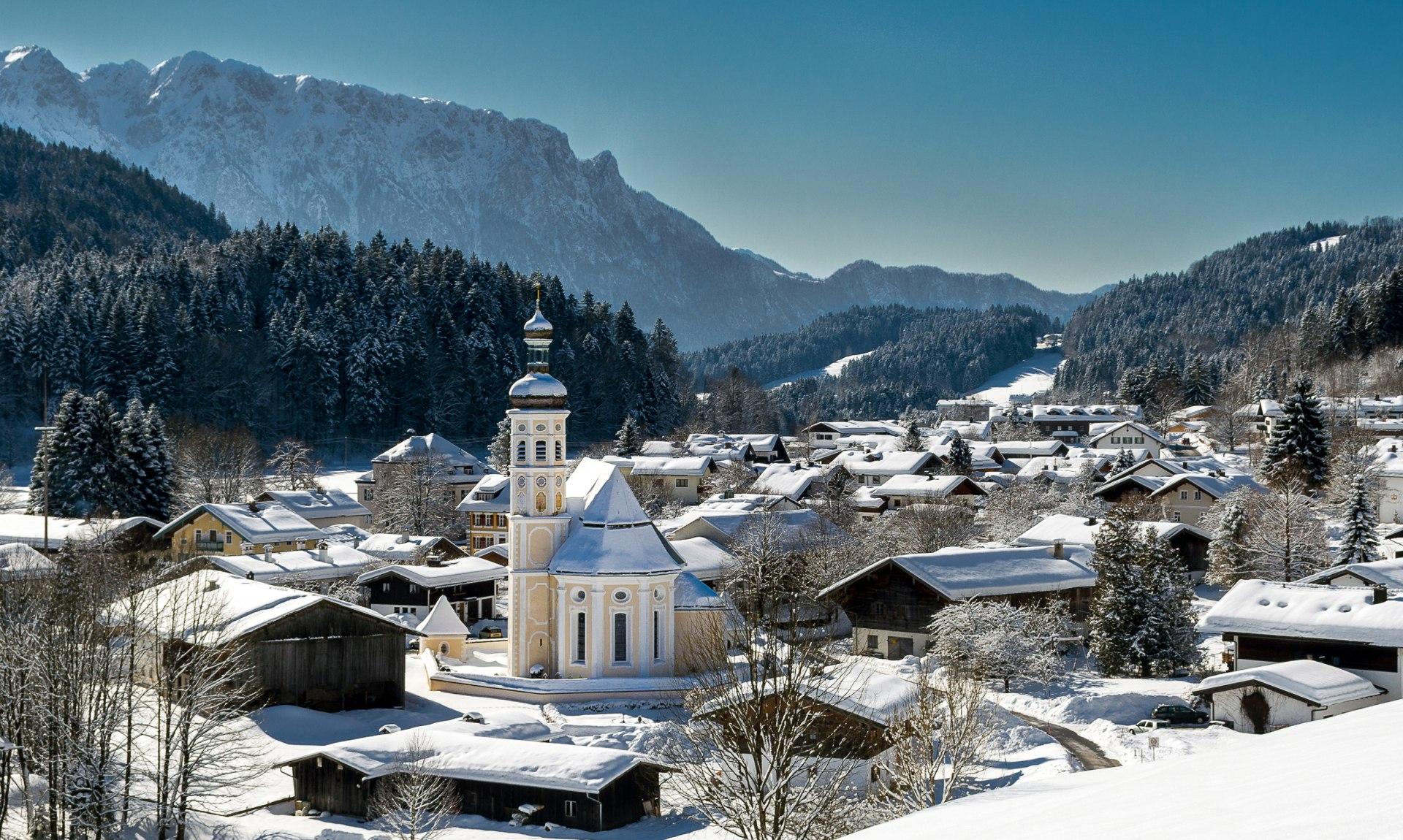 Bergsteigerdorf Sachang im Winter, © Joachim Brahms