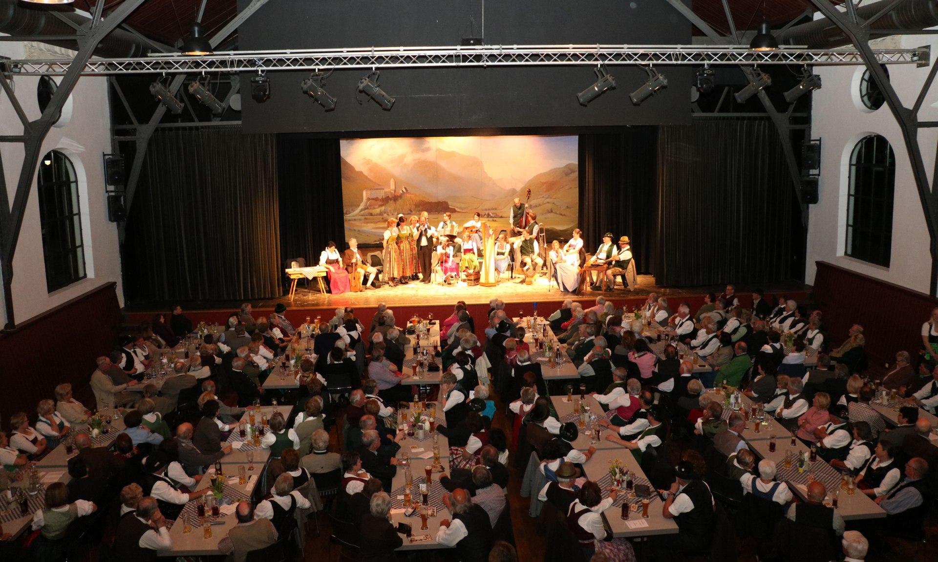 Veranstaltung Festhalle Hohenaschau, © Rehberg Heinrich