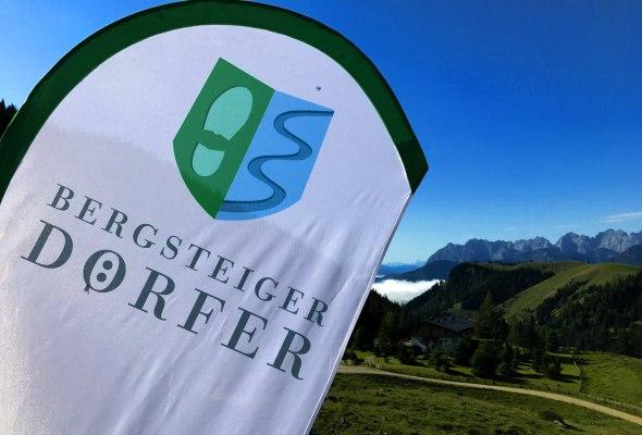 Bergsteigerdörfer Schleching und Sachrang_Fahne, © Tourist Info Aschau i.Ch.