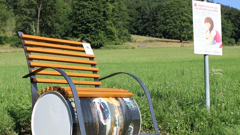 10_Schoaßdromme-Bank gestiftet von Klebel Edith, © Tourist Info Aschau i.Ch.