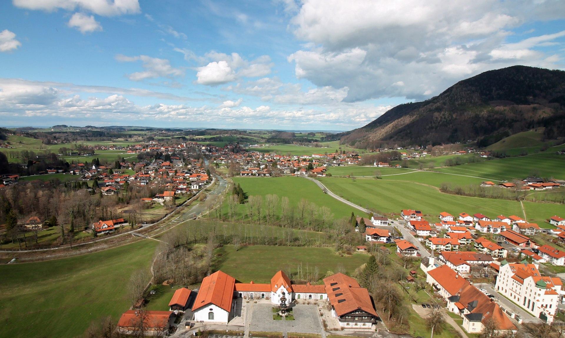 Aschau im Chiemgau - Blick vom Schloss Hohenaschau, © Tourist Info Aschau i.Ch.