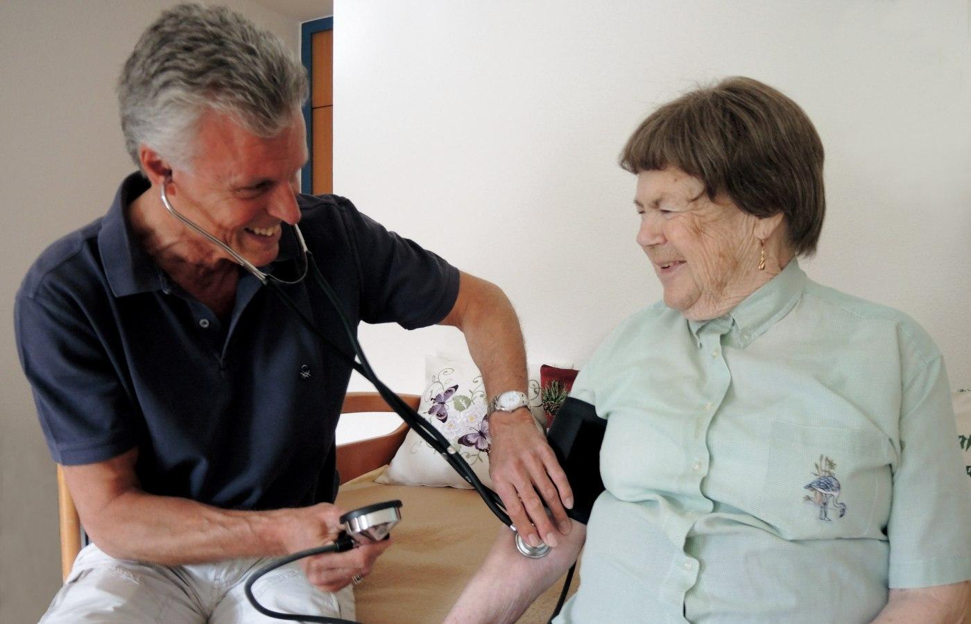 Frau Bujnoch mit Herrn Dr. Olbrich, © Cristina Wimmer