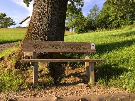 24_Schöne Land(wirt)schaft aufgestellt von den Aschauer Bäuerinnen und Bauern, © Tourist Info Aschau i.Ch.