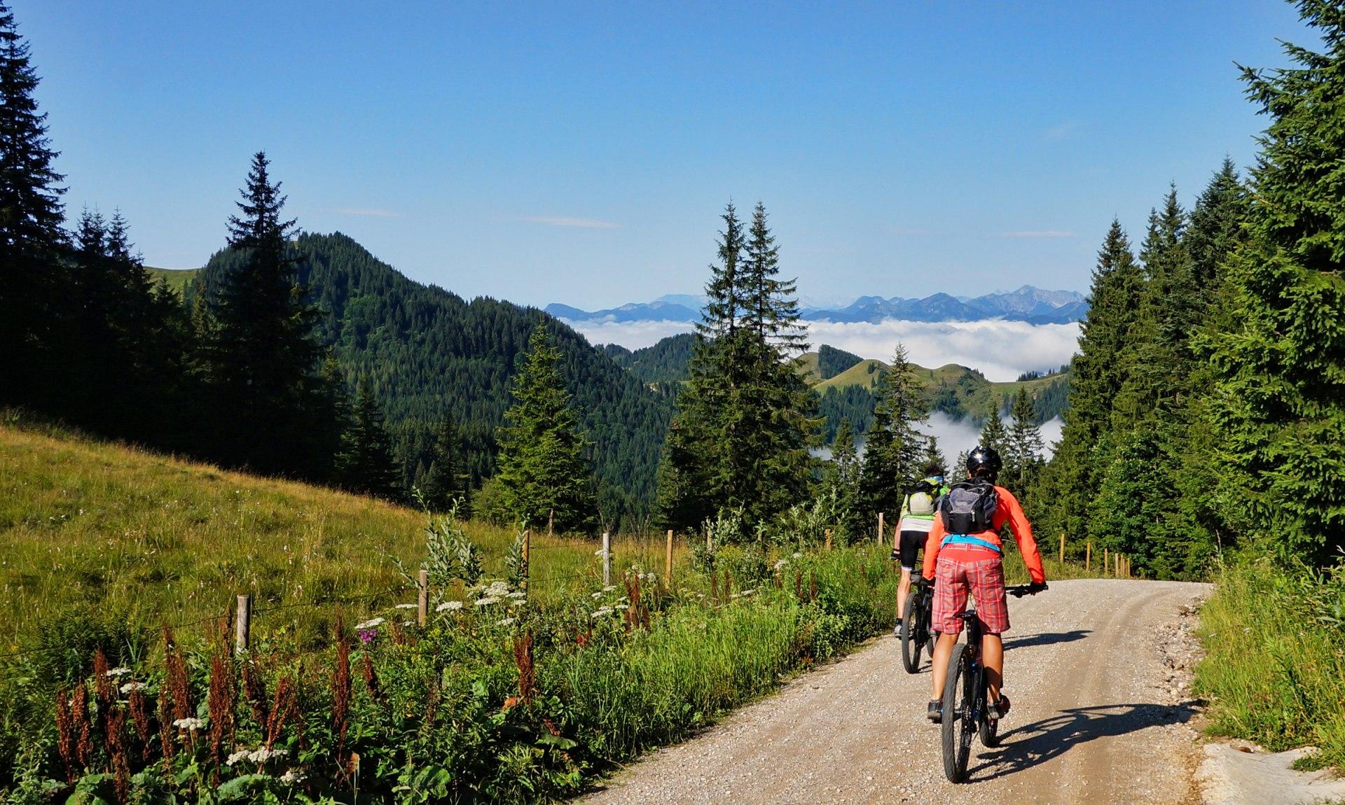 Mountainbiker auf dem Geigelstein, © Tourist Info Aschau i.Ch.