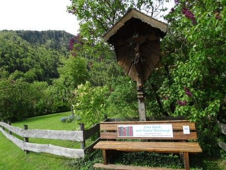 123_Für eine feste Bindung aufgestellt von der Buchbinderei Hertle Elisabeth, © Tourist Info Aschau i.Ch.