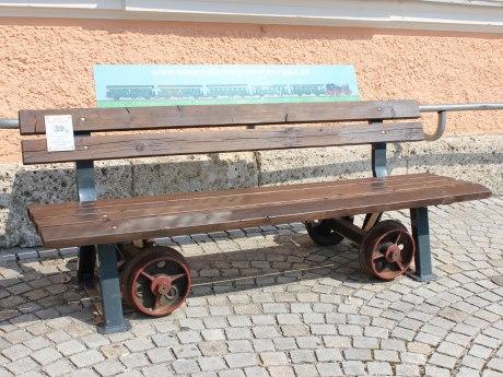 39_Vizinal-Bankerl aufgestellt von Eisenbahnfreunde Chiemgau, © Tourist Info Aschau i.Ch.